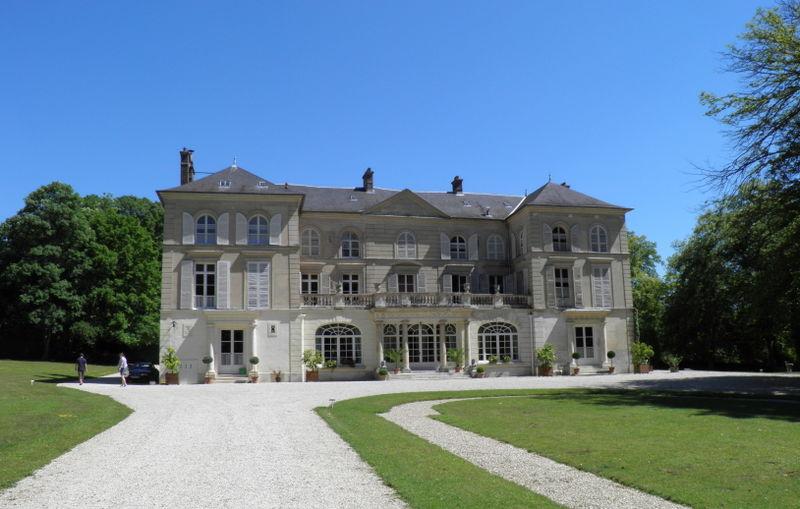 248567-english-chateau-valgenceuse-senlis-oise-france-.jpg