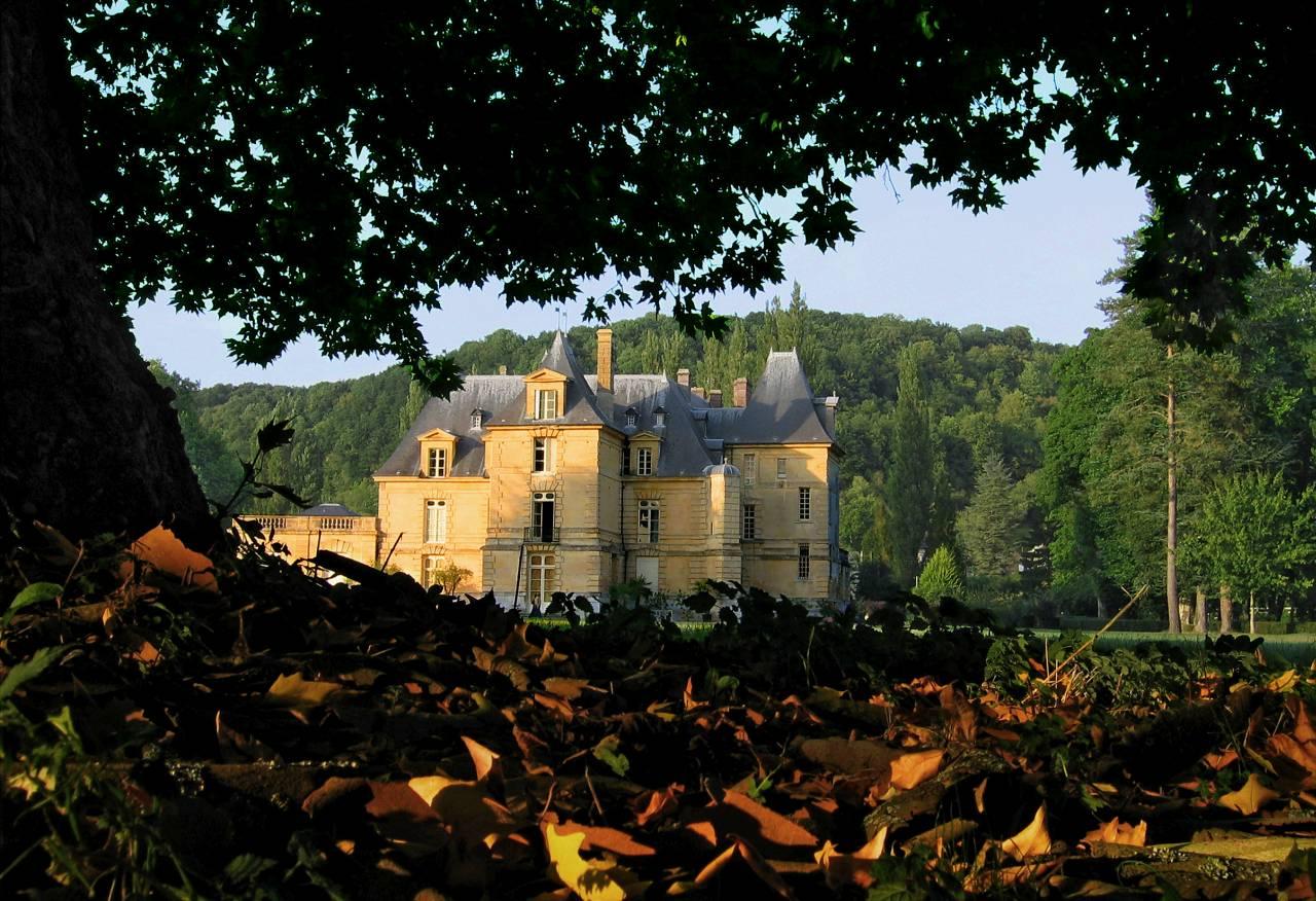 Acquigny_-_Le_château.jpg